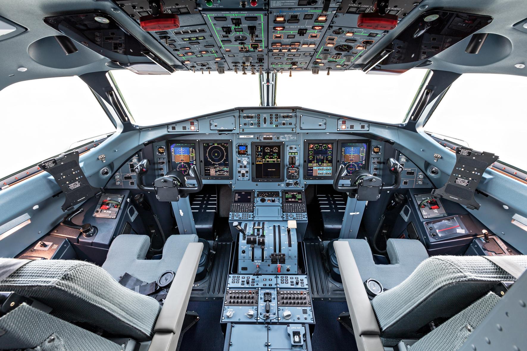 ATR Cockpit image